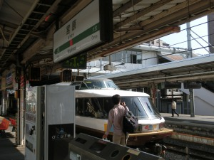宮原駅にたたずむNODOKA号